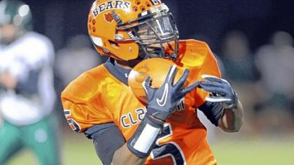 South Xtra: Clairton poses all sorts of threats for opponents