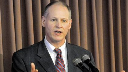 Good friends Altmire, Critz hoping to avoid election confrontation