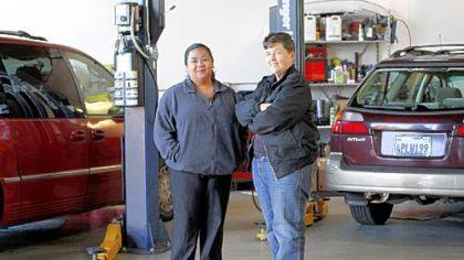 Women-focused auto shop a reaction to disdainful mechanics