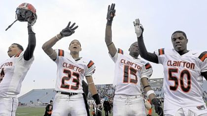 South Xtra: Magnificent Clairton wins third PIAA title in a row