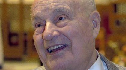 Obituary: Paul Engle / Diligent recorder of area organ recitals