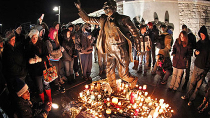 Paterno's medical condition worsens