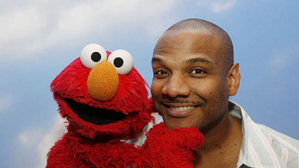'Being Elmo' explores puppeteer's soul