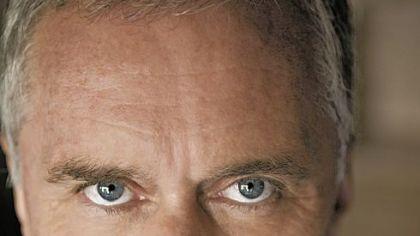 John Burdett's 'Vulture Peak': Smart and sordid