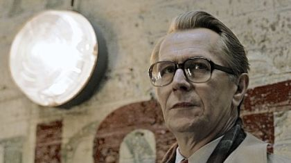 Thriller revisits le Carre's 'Tinker Tailor Soldier Spy,' showcasing an intense performance by Gary Oldman