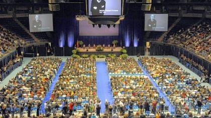 Paterno's memorial service packs Bryce Jordan Center