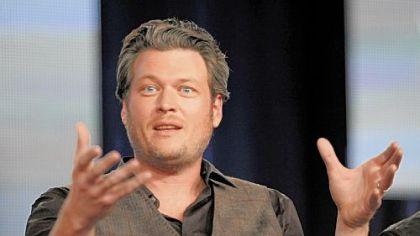 'The Voice' coach Blake Shelton juggles TV, touring