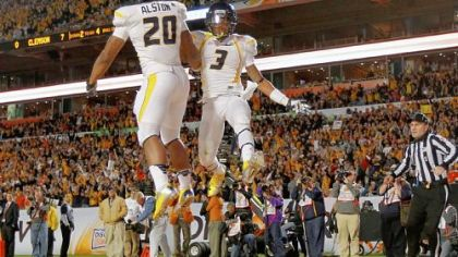 WVU's Smith dazzles in Orange Bowl victory over Clemson