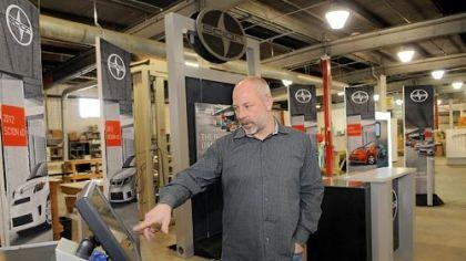 Czarnowski is all about auto shows