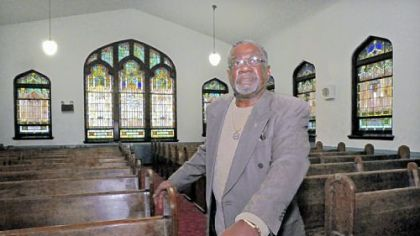 Reverend's sacrifice staves off North Side church sale