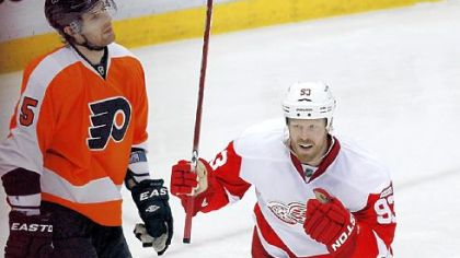 Detroit victory ties NHL record