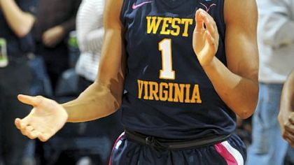 WVU Mountaineers end No. 2 Notre Dame's 21-game run