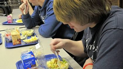 New lunch option places emphasis on health in Shaler Area