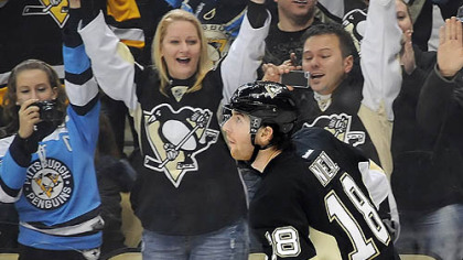 Penguins sign Neal to $30 million contract extension