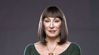 Anjelica Huston as Eileen Rand.