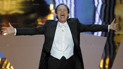 The Oscars: Billy Crystal, ABC less than bright