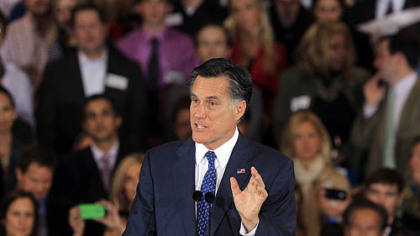 Romney holds off Santorum in Michigan GOP presidential primary, wins Arizona contest