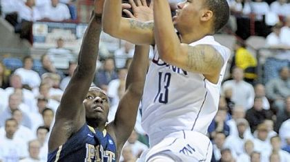 2nd-half rally falls shy again for Pitt