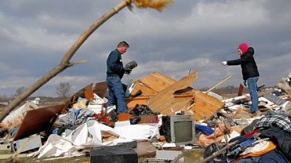 Violent storms devastate Midwest