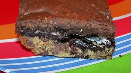 The offending/entertaining brownie, made with Oreos