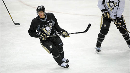 Sidney Crosby practices Saturday with the Penguins at Consol Energy Center.
