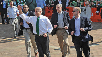 Vice President Joe Biden works the St. Patrick&#039;s Day crowd, as well as his Secret Service contingent.