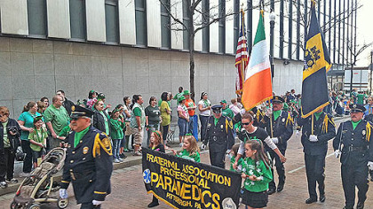 Crowds lined Downtown streets this morning for the annual St. Patrick&#039;s Day Parade.