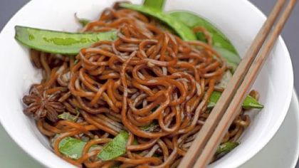 Shanghai Fried Noodles: Bring this dish from the street into your home.