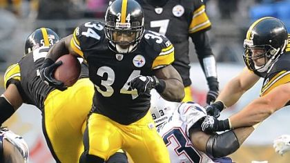 Rashard Mendenhall rushed for 928 yards this season.