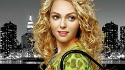 "AnnaSophia Robb portrays the pre-""Sex and the City"" Carrie Bradshaw in ""The Carrie Diaries."""