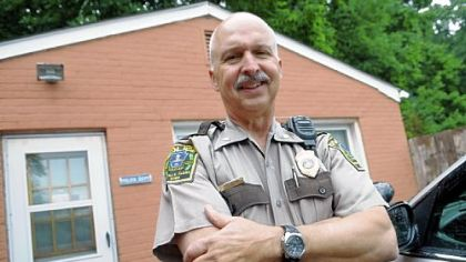 Rosslyn Farms police Chief Larry Fischio will be retiring after more than 41 years of service.