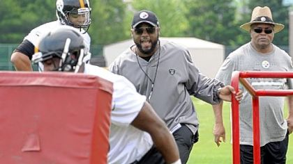 Steelers coach Mike Tomlin deserves to be on a higher pay tier.