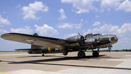 The Liberty Foundation&#039;s B-17 Memphis Belle.