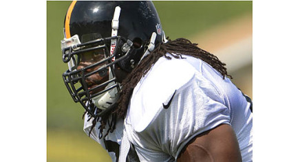 Steelers guard Willie Colon during workouts.