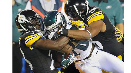 The Steelers' Cortez Allen, left, and Will Allen gang tackle Eagles wide receiver DeSean Jackson in Thursday's preseason opener in Philadelphia.