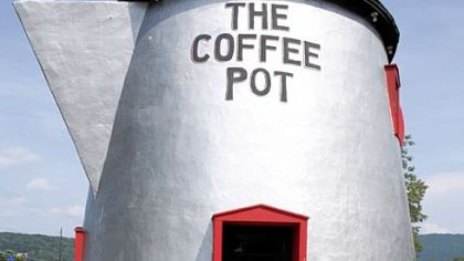 The Coffee Pot, a lunch stand in Bedford.
